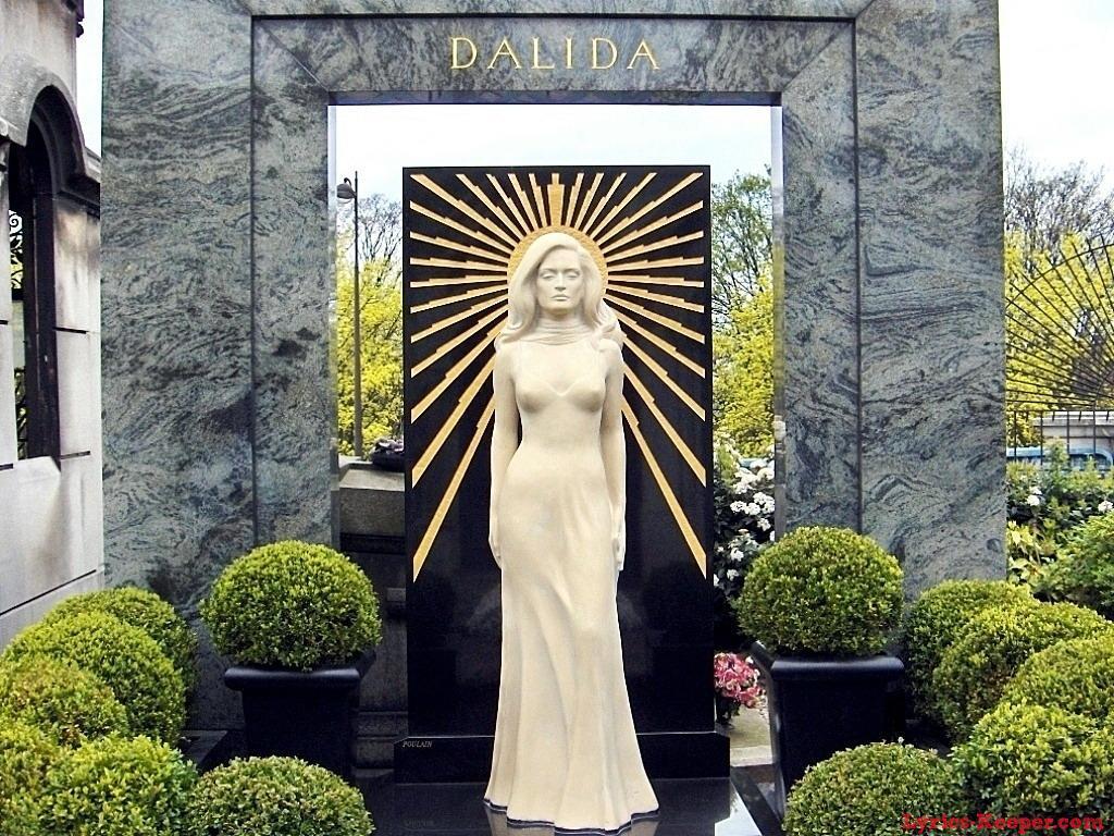 Cemitério de Montmartre - Dalida
