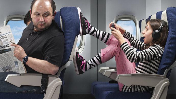 Piores Pessoas que Você pode Encontrar no Avião 3