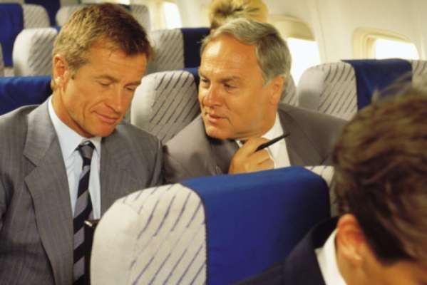 Piores Pessoas que Você pode Encontrar no Avião12