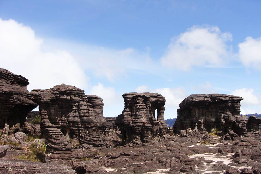 monte-roraima-pedras